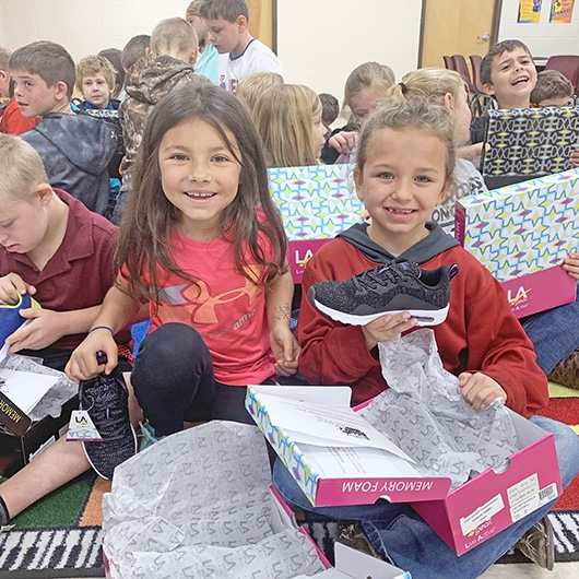 Sole Power Project gives athletic shoes to area third-graders